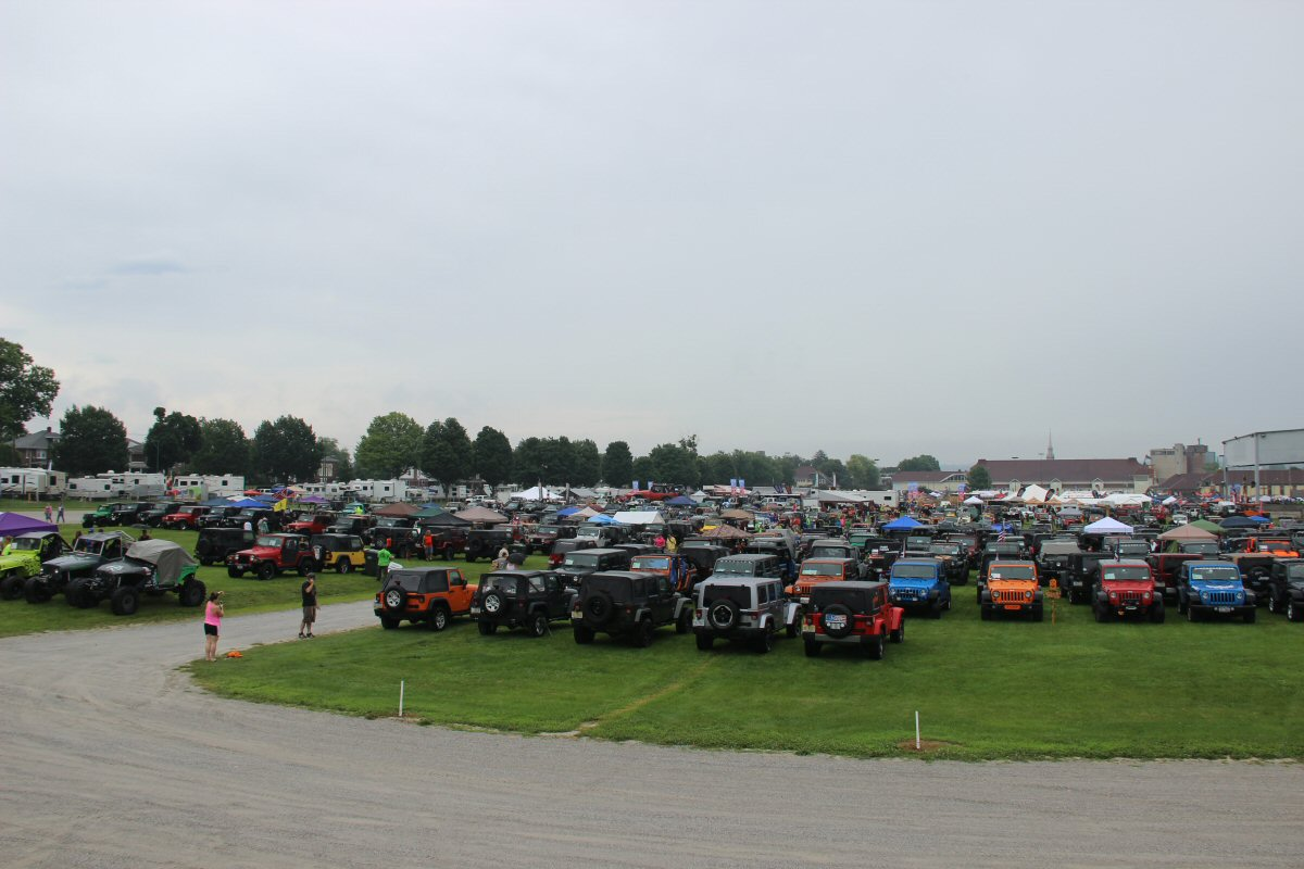 All-Breeds-Jeep-Show-2015-02