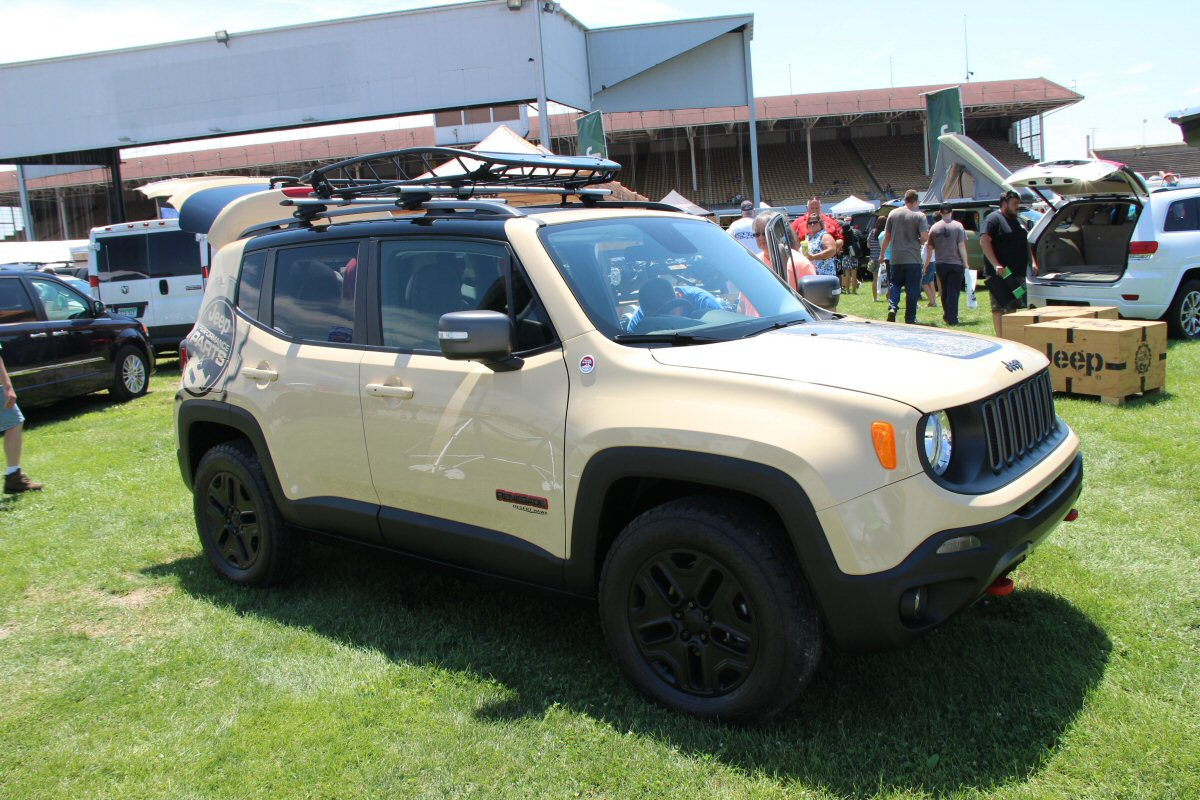 All-Breeds-Jeep-Show-2015-164