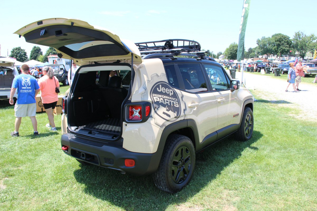 All-Breeds-Jeep-Show-2015-166