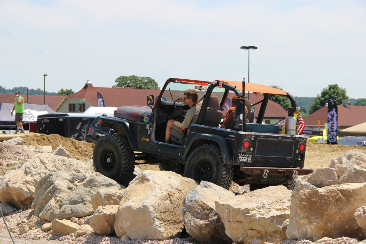 All-Breeds-Jeep-Show-2015-215