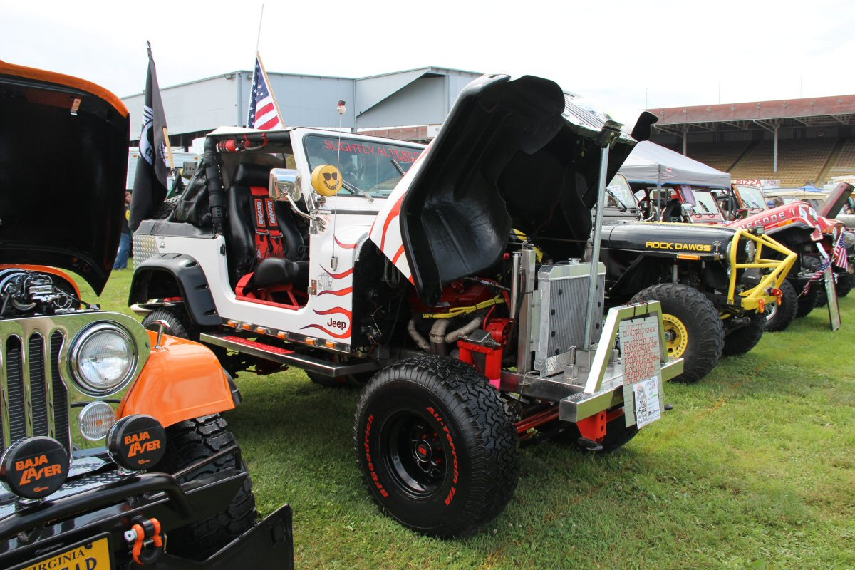 All-Breeds-Jeep-Show-2015-53