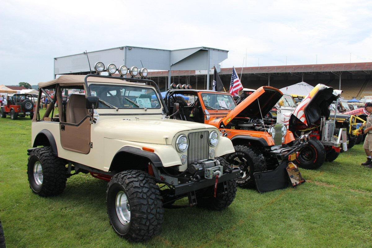 All-Breeds-Jeep-Show-2015-54