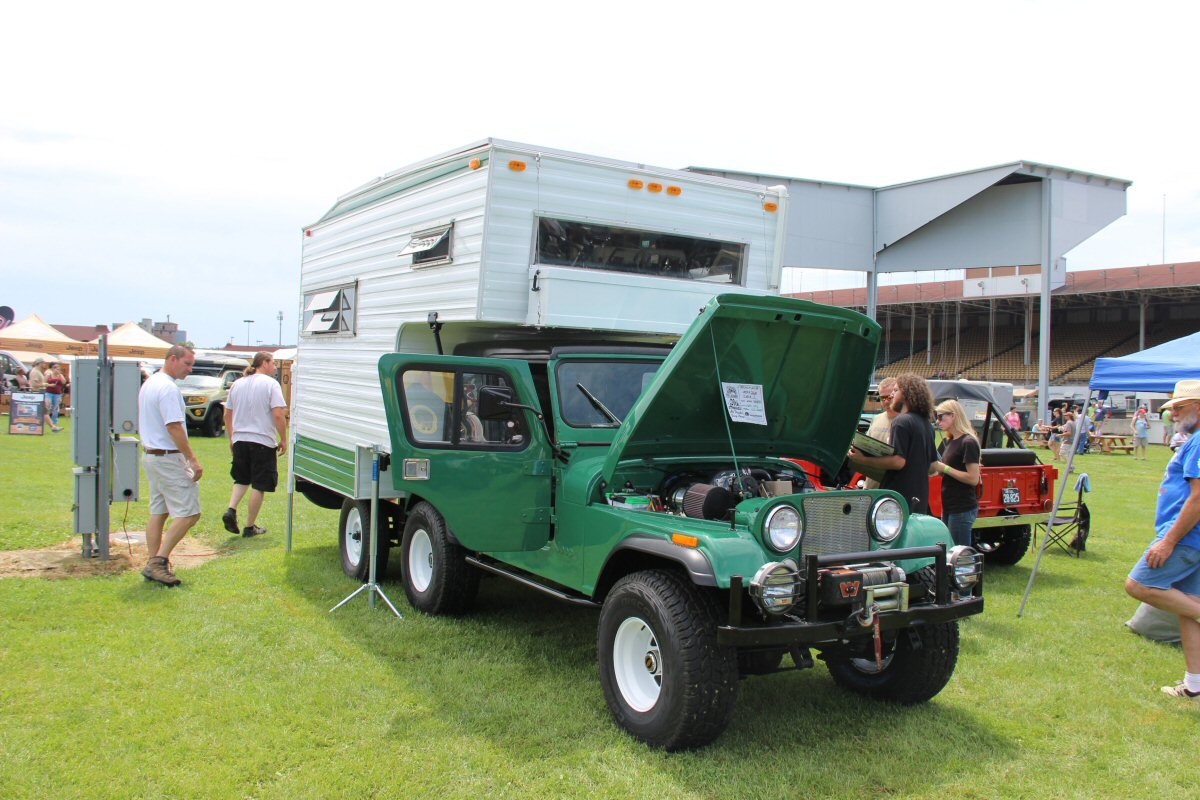 All-Breeds-Jeep-Show-2015-93