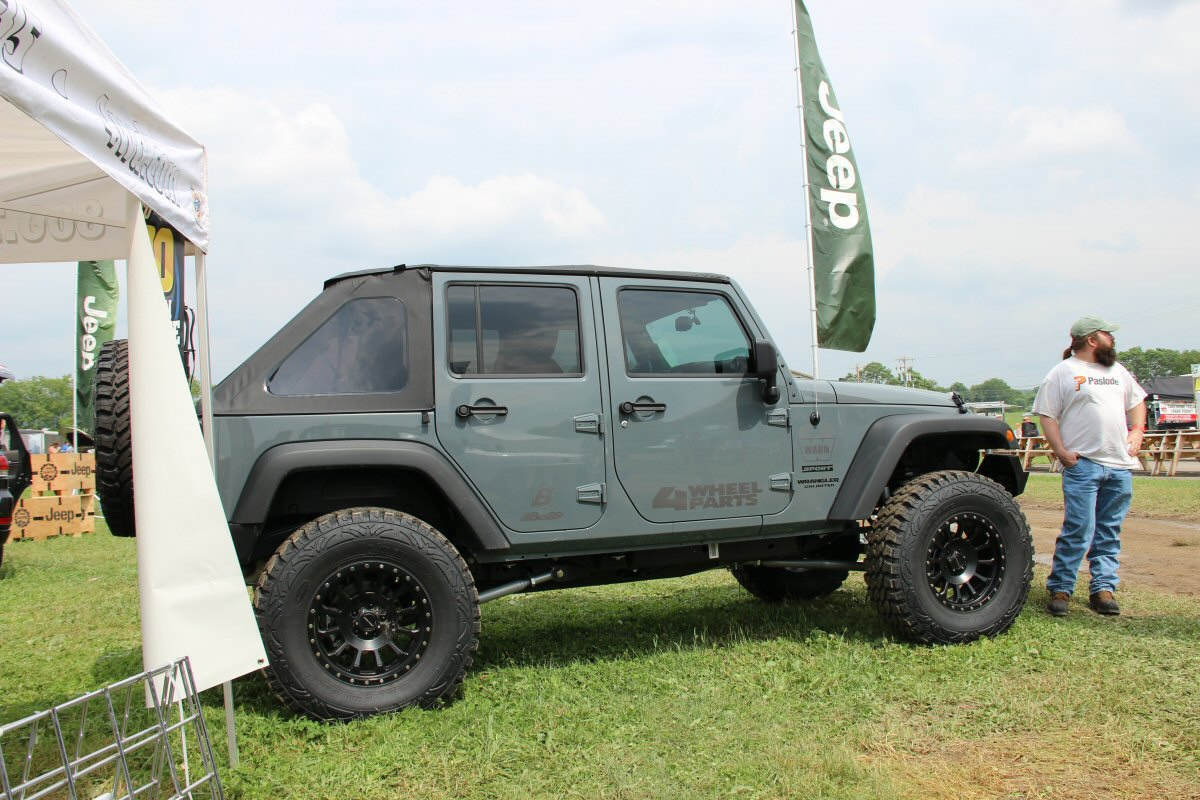 Bantam-Jeep-Heritage-Festival-a-2014-17
