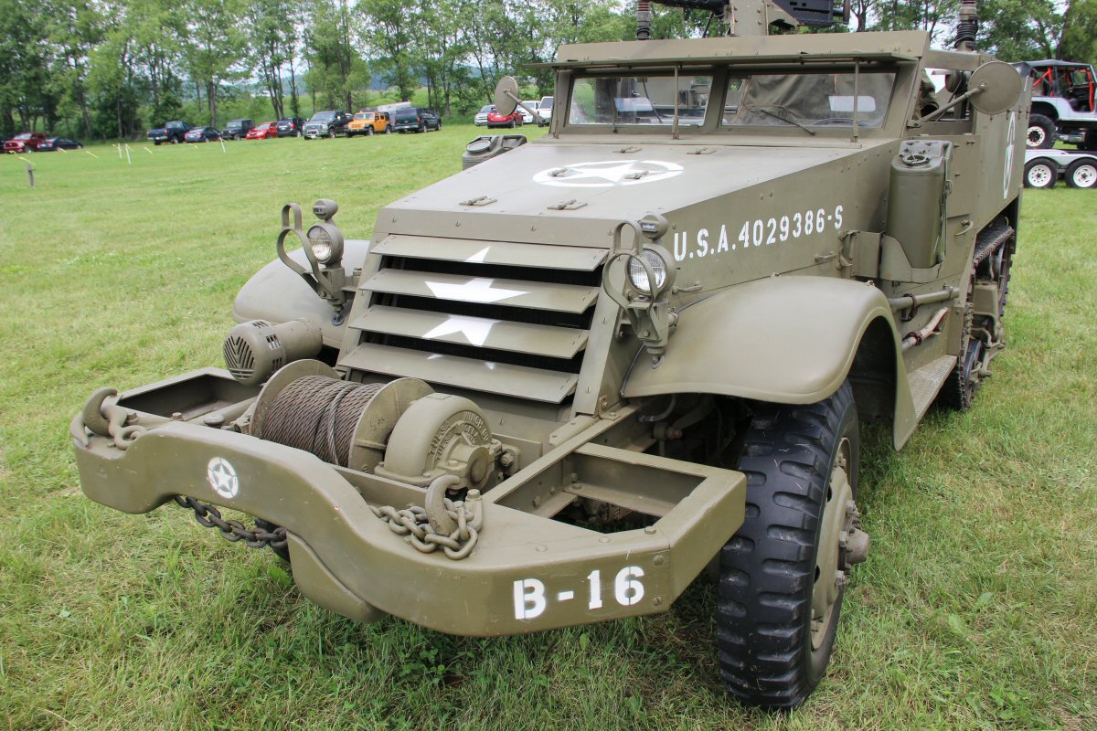 Bantam-Jeep-Heritage-Festival-a-2014-42