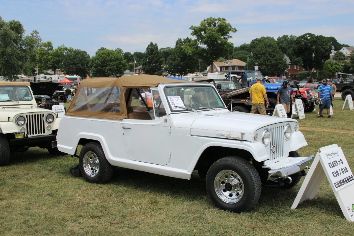 All-Breeds-Jeep-Show-2014-100
