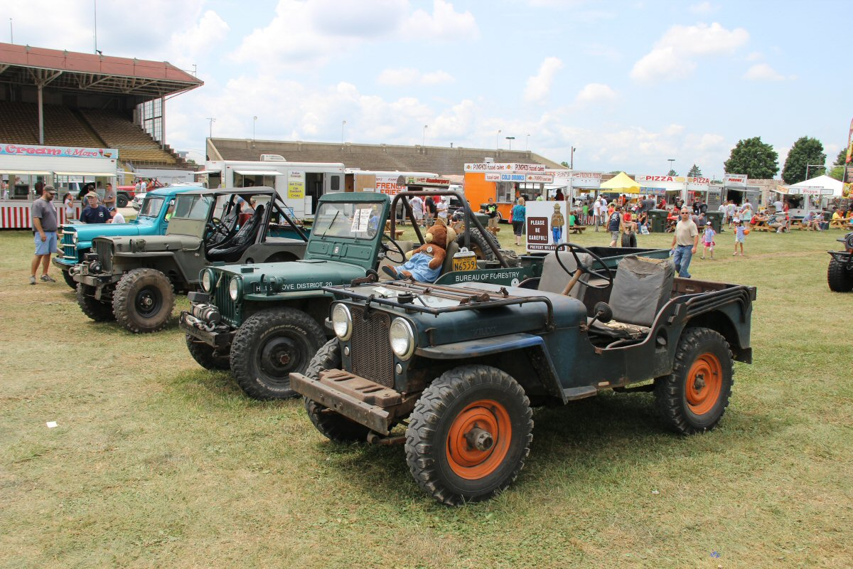 All-Breeds-Jeep-Show-2014-118