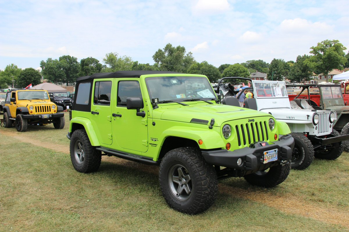 All-Breeds-Jeep-Show-2014-128