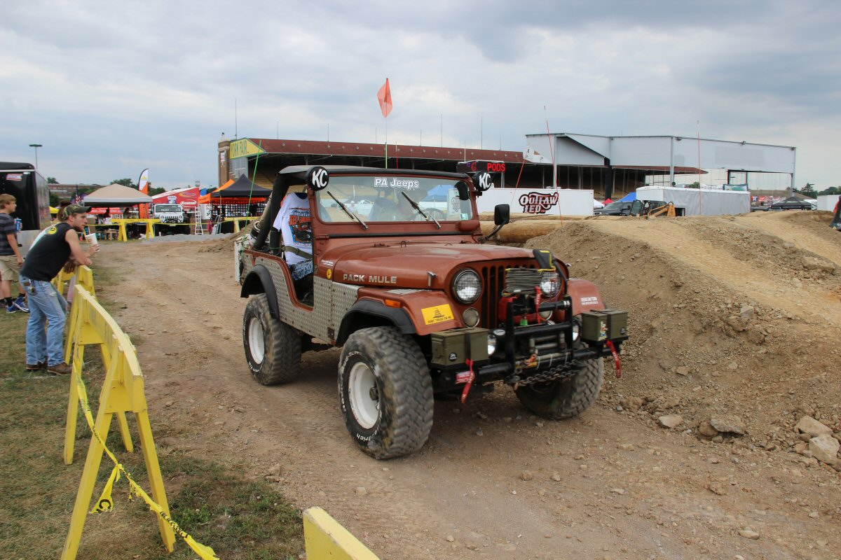All-Breeds-Jeep-Show-2014-188