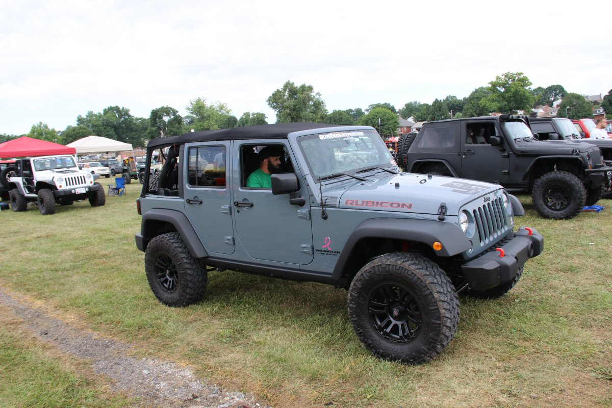 All-Breeds-Jeep-Show-2014-56