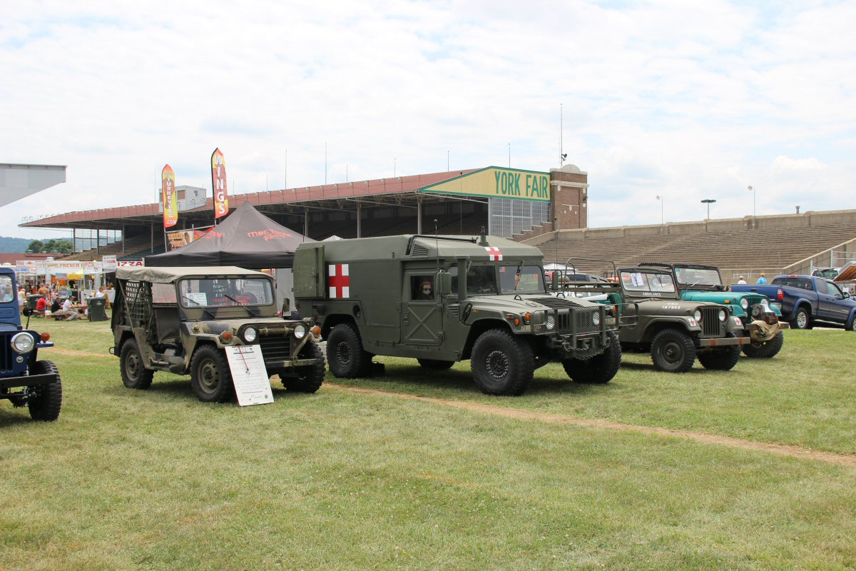 All-Breeds-Jeep-Show-2014-60