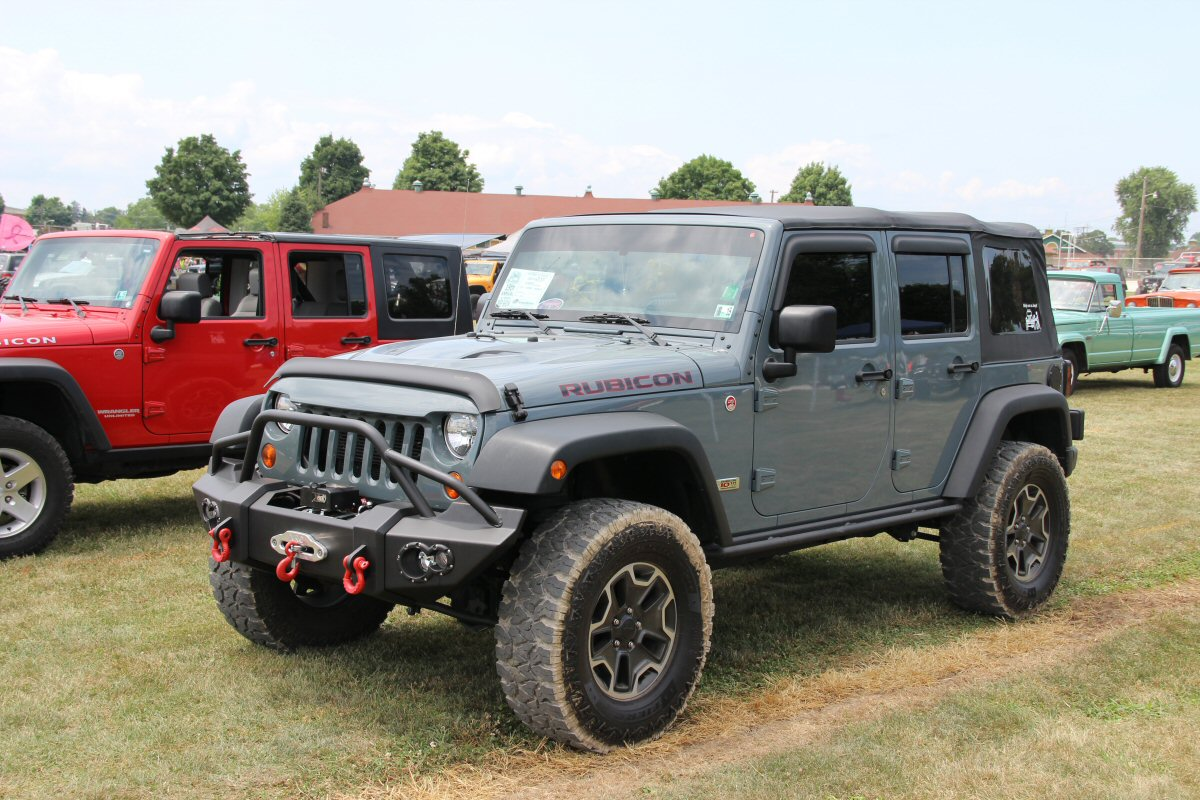 All-Breeds-Jeep-Show-2014-87