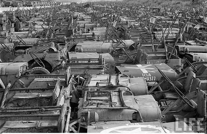 Okinawa-1949-scrapped-Jeeps-3