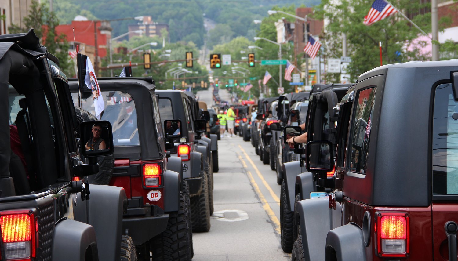 Bantam Heritage Jeep Festival Smashes World Record with 2420 Jeeps
