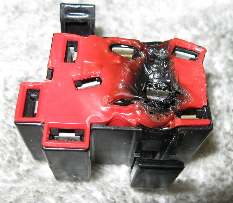 Melted Block 2 wiring tips using relays offroaders com how to install led lights in car fuse box at bayanpartner.co