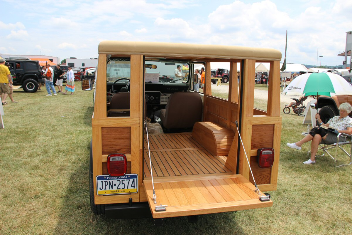 All-Breeds-Jeep-Show-2014-102