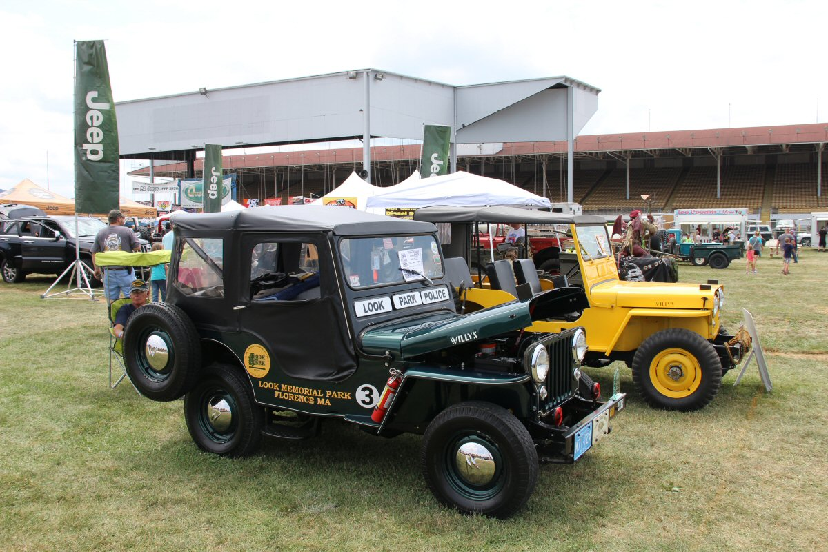 All-Breeds-Jeep-Show-2014-106