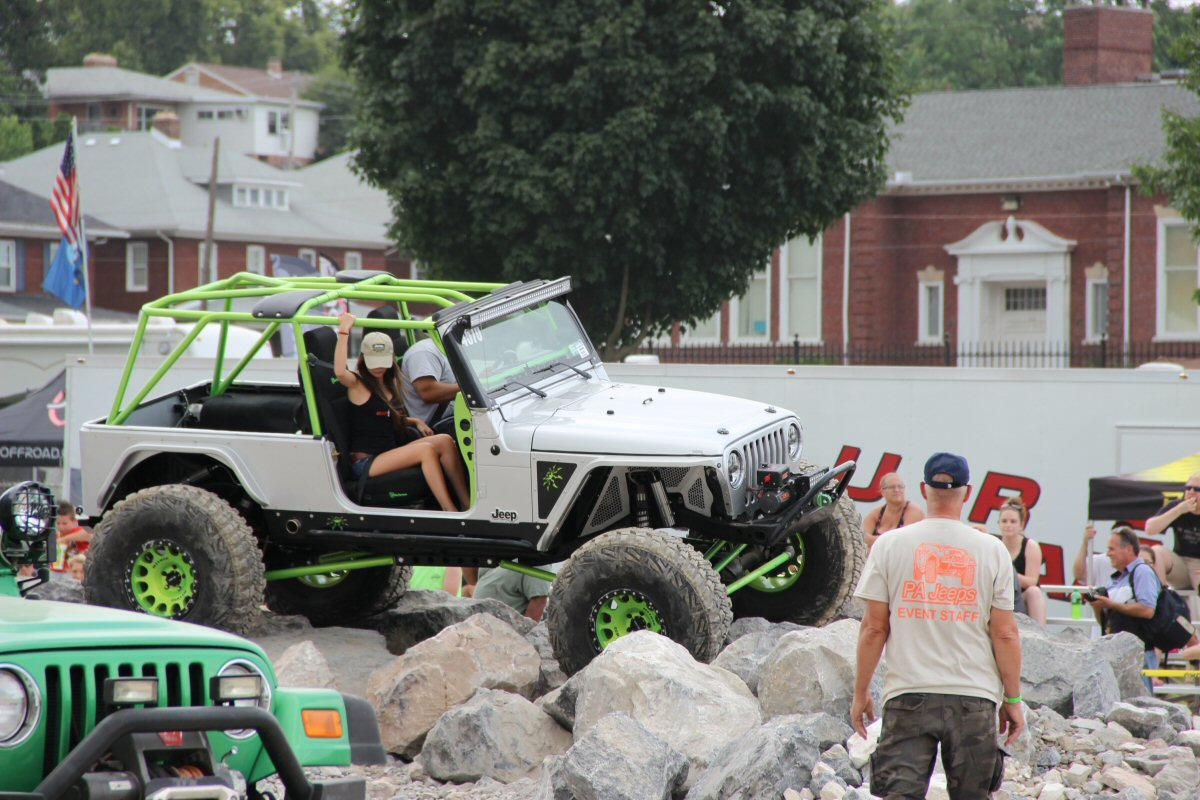 All-Breeds-Jeep-Show-2014-164