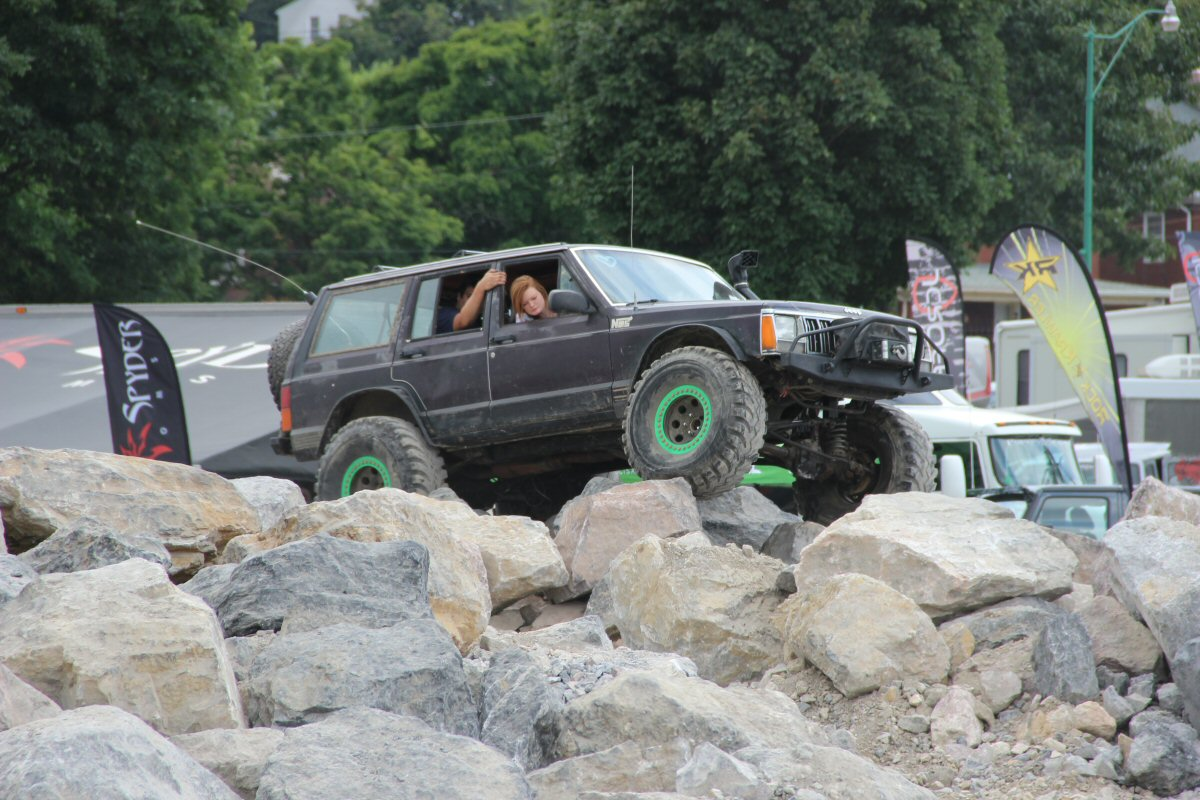 All-Breeds-Jeep-Show-2014-167