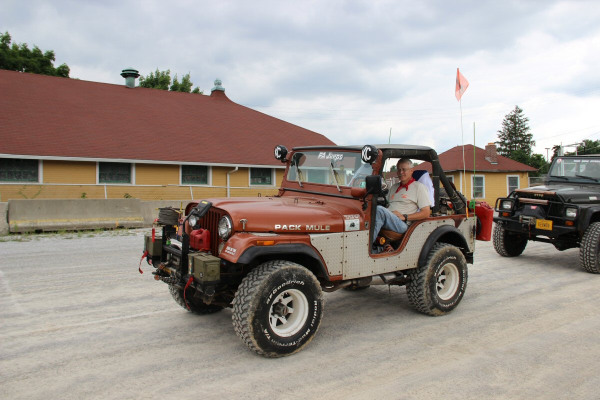 All-Breeds-Jeep-Show-2014-200