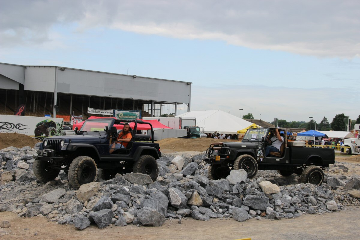All-Breeds-Jeep-Show-2014-40