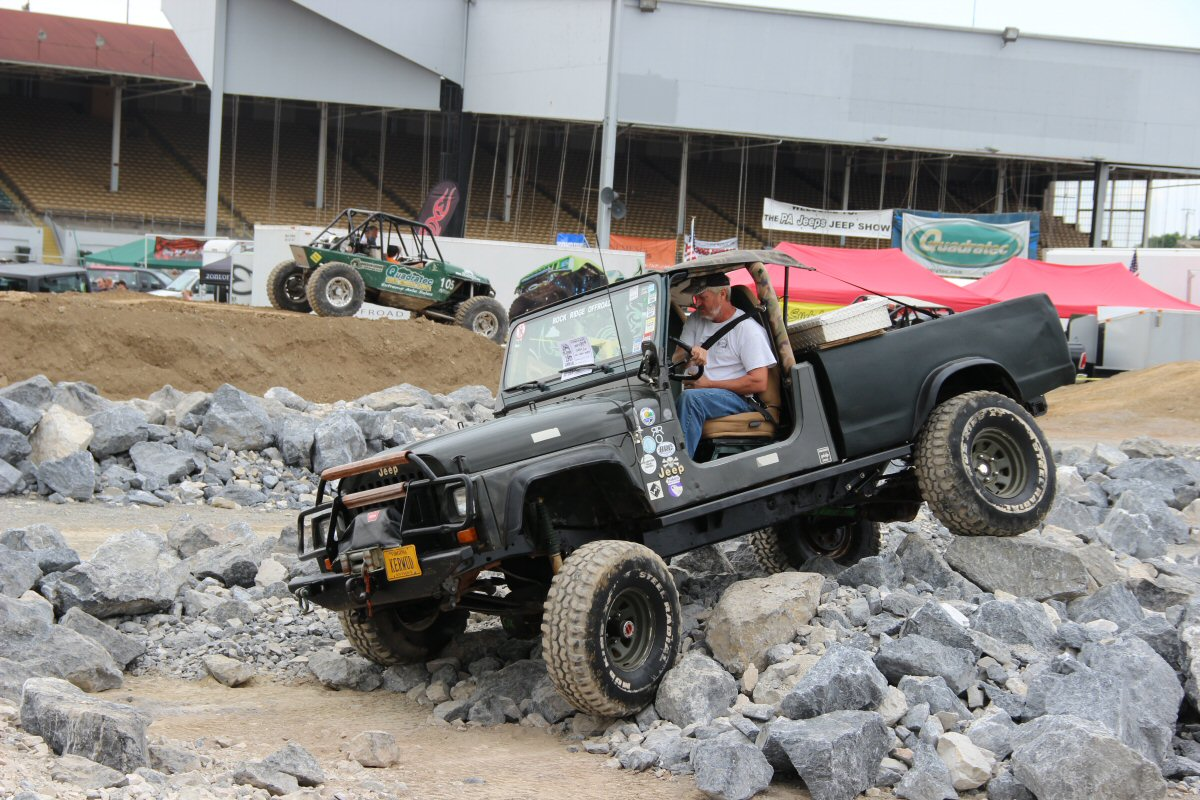 All-Breeds-Jeep-Show-2014-42
