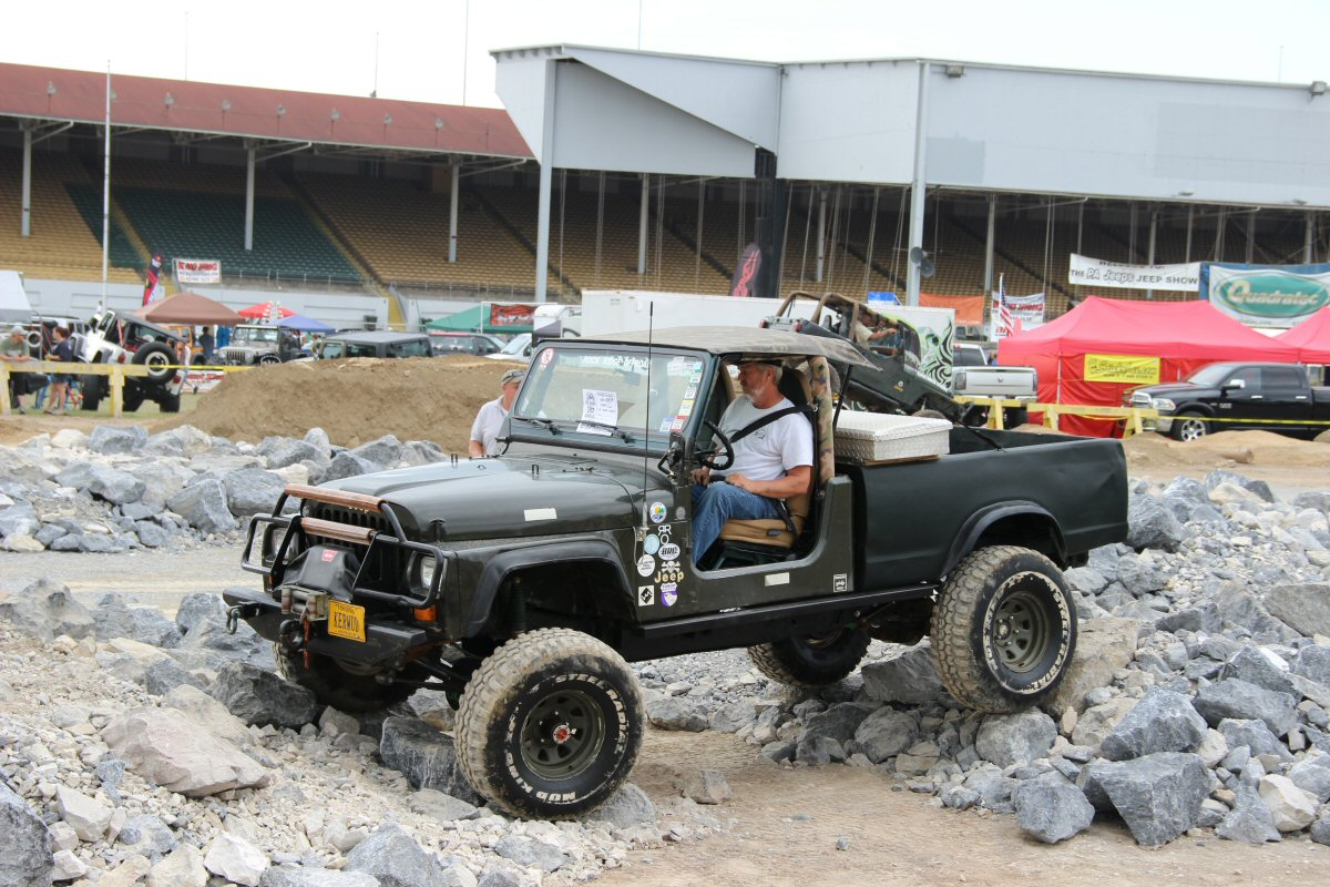 All-Breeds-Jeep-Show-2014-43