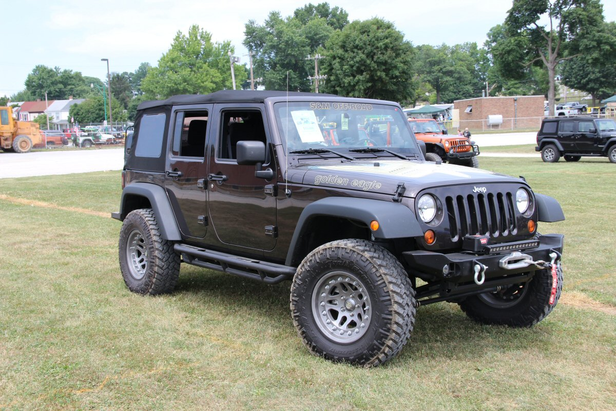 All-Breeds-Jeep-Show-2014-59