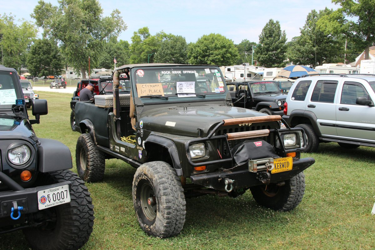 All-Breeds-Jeep-Show-2014-93